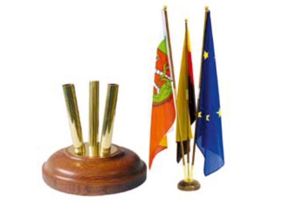 Indoor vlaggenmast hout